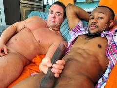 Nasty gay guys sucking toying fucking
