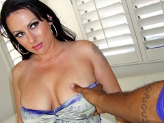 Hot sexy milf gives masturbation instructions